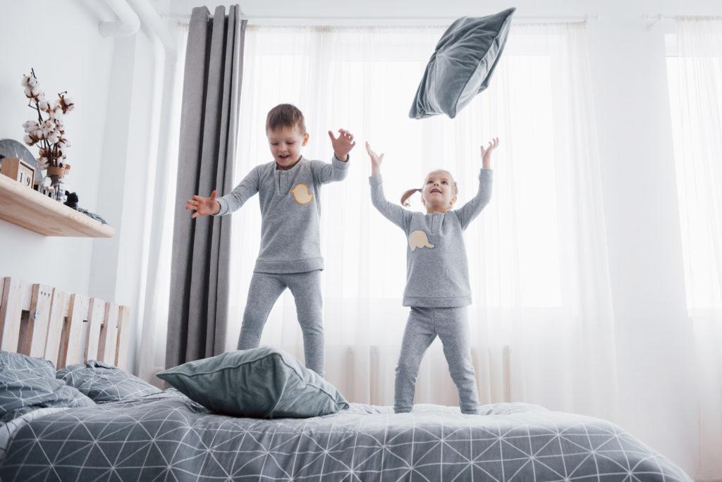 Как оформить детскую для мальчика