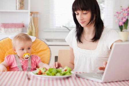 Photo of Как заработать деньги маме в декрете